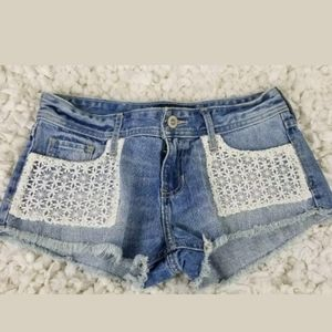 Hollister  Shorts Short Low Rise lace Accent 25